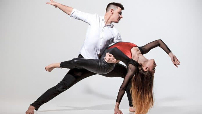 How Dancing Improves Your Brain Functions?
